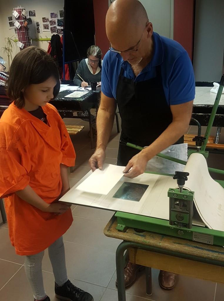 Atelier gravure avec Thierry Tuffigo au centre culturel Le Belvédère